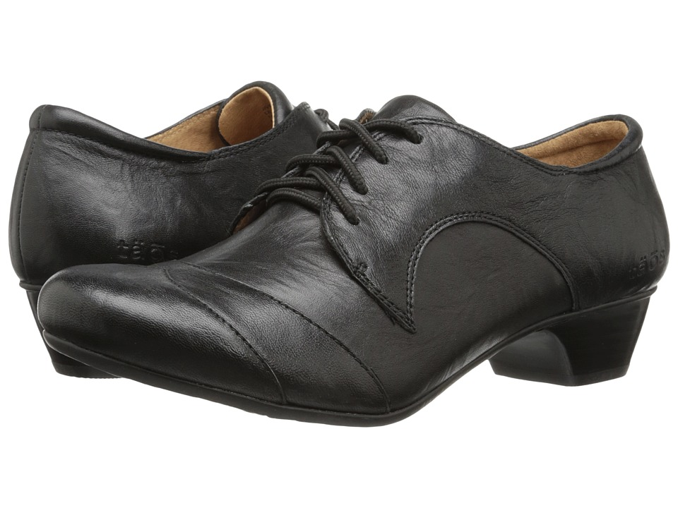 taos Footwear - Jive Black Womens Lace Up Wing Tip Shoes $145.00 AT vintagedancer.com