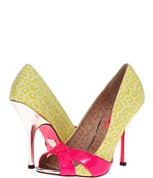 Betsey Johnson - Jassmine
