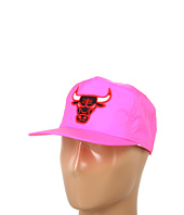 Mitchell & Ness - Chicago Bulls Quickstrike NBA® Neon Nylon Snapback