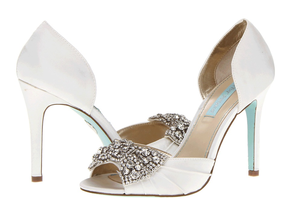 Blue by Betsey Johnson Gown Ivory Satin High Heels