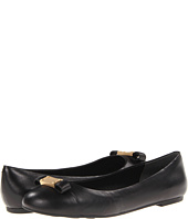 Marc by Marc Jacobs Women Shoes we found 73 items
