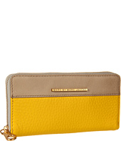Marc by Marc Jacobs - Sheltered Island Colorblocked Slim Zippy