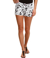 Levi's® Juniors - Attitude Shorty Short