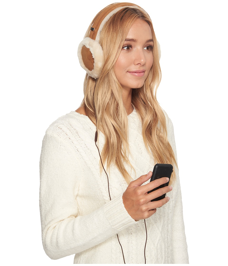 Ugg Classic Earmuff with Speaker Technology (Chestnut) Co...