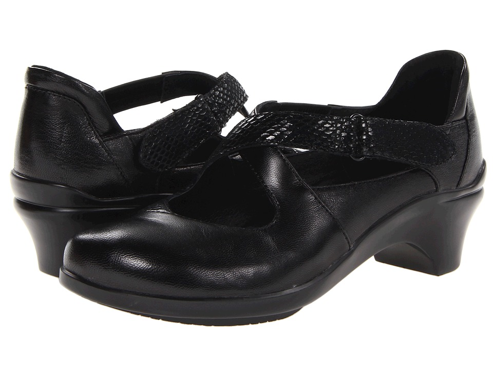 Aravon Mona (Black) 1-2 inch heel Shoes