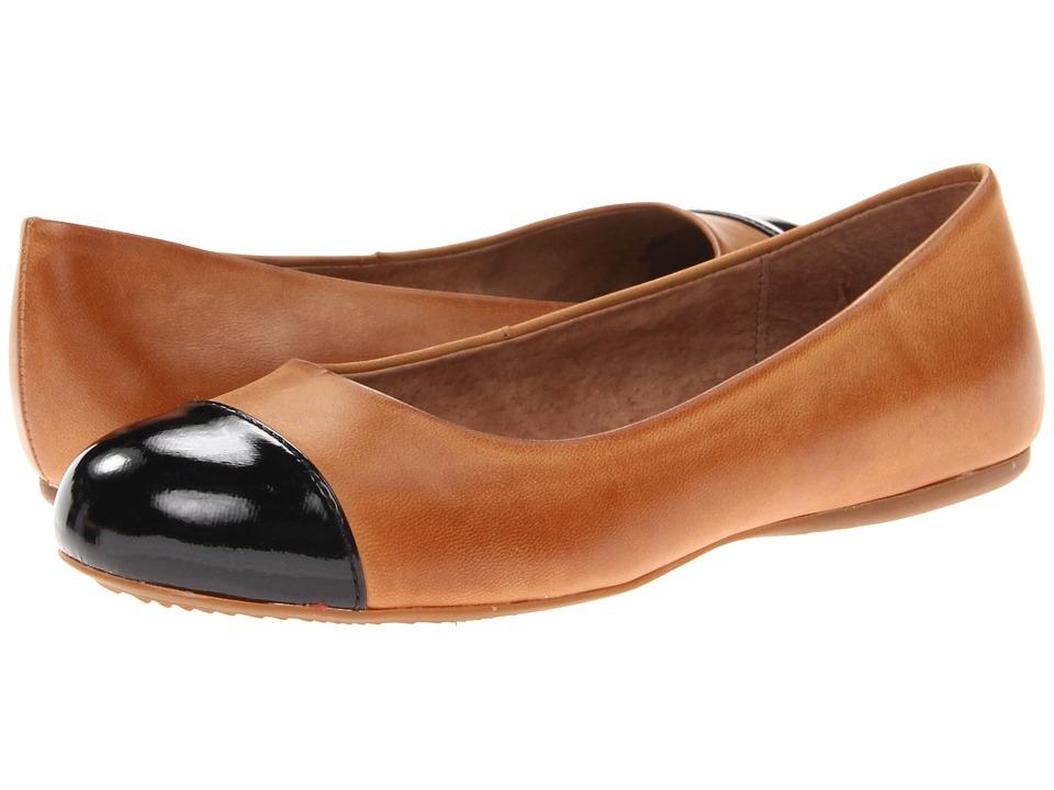 SoftWalk Napa (Luggage Soft Dull Leather/Black Patent) Wo...