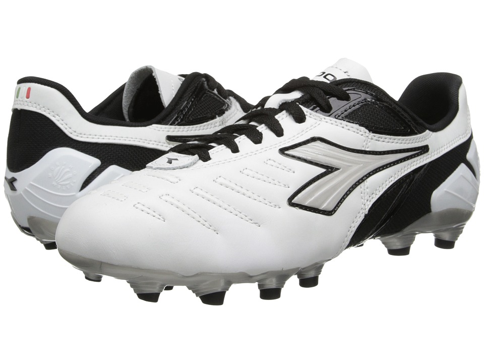 Diadora - Maracana L (White/Black) Men's Soccer Shoes