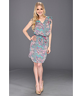 Jessica Simpson - Flutter Sleeve Dress with Shirttail Hem