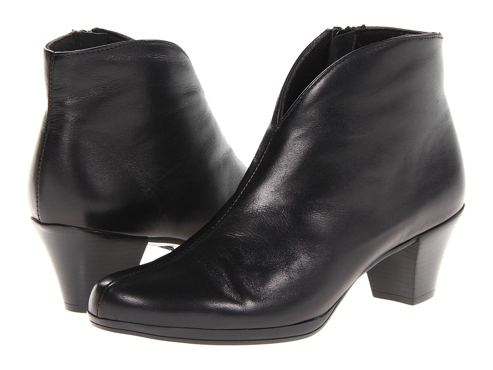 Munro American Robyn Black Leather Womens Boots