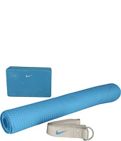 Nike - Nike Essential Yoga Kit