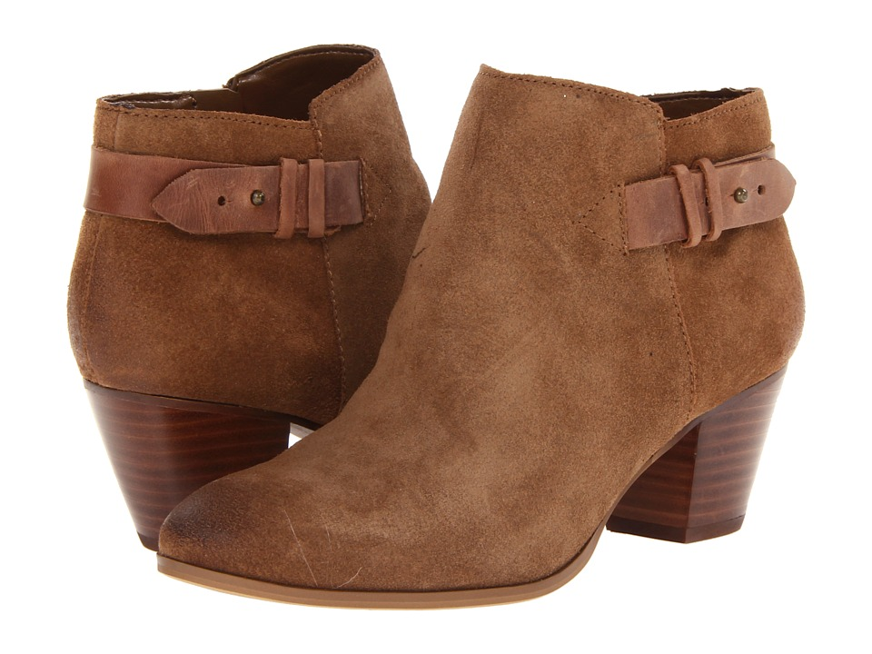 GUESS - Veora (Medium Brown Suede) Women