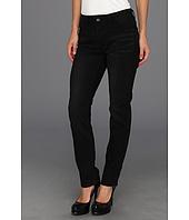 Levi's® Womens - Mid Rise Skinny Flatters & Flaunts