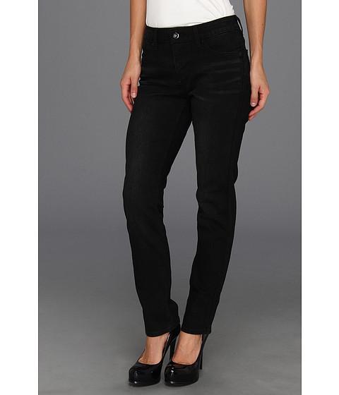 Levi's® Womens Mid Rise Skinny Flatters & Flaunts