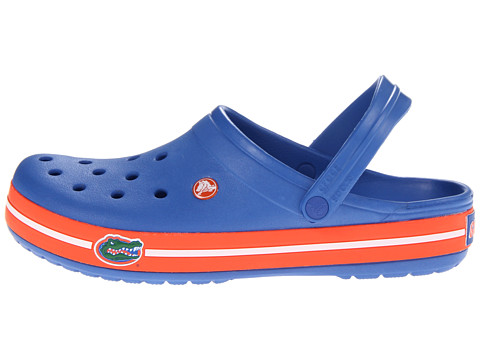 college crocs Nfl crocs - if you love football and you love the comfort crocs offer, then these babies are for you just in time for the new season, cros has released their.