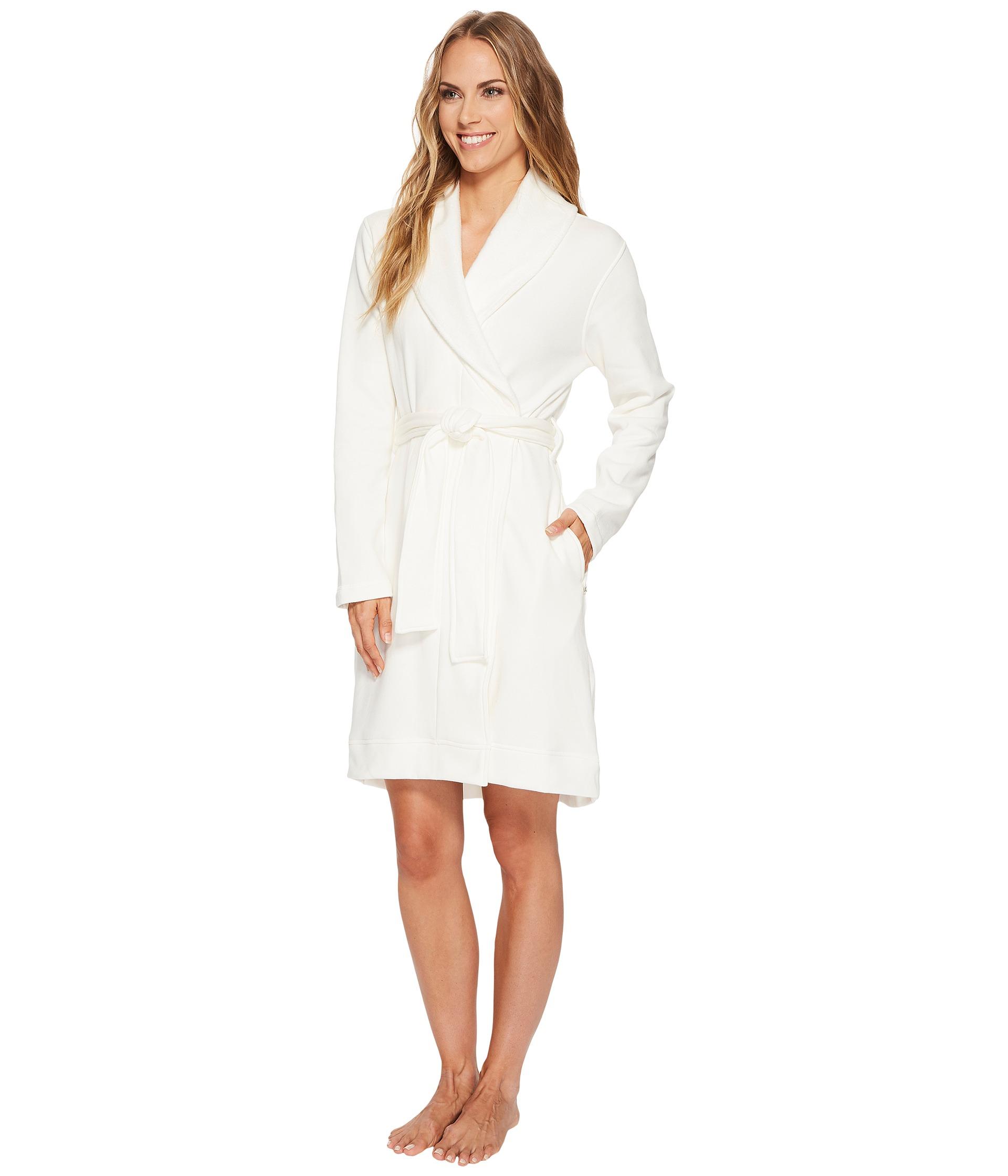 ugg blanche robe at. Black Bedroom Furniture Sets. Home Design Ideas