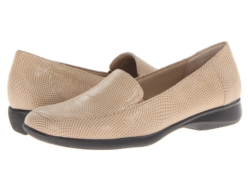 Trotters - Jenn Mini Dots (Nude Mini Dot Patent Suede Leather) Women