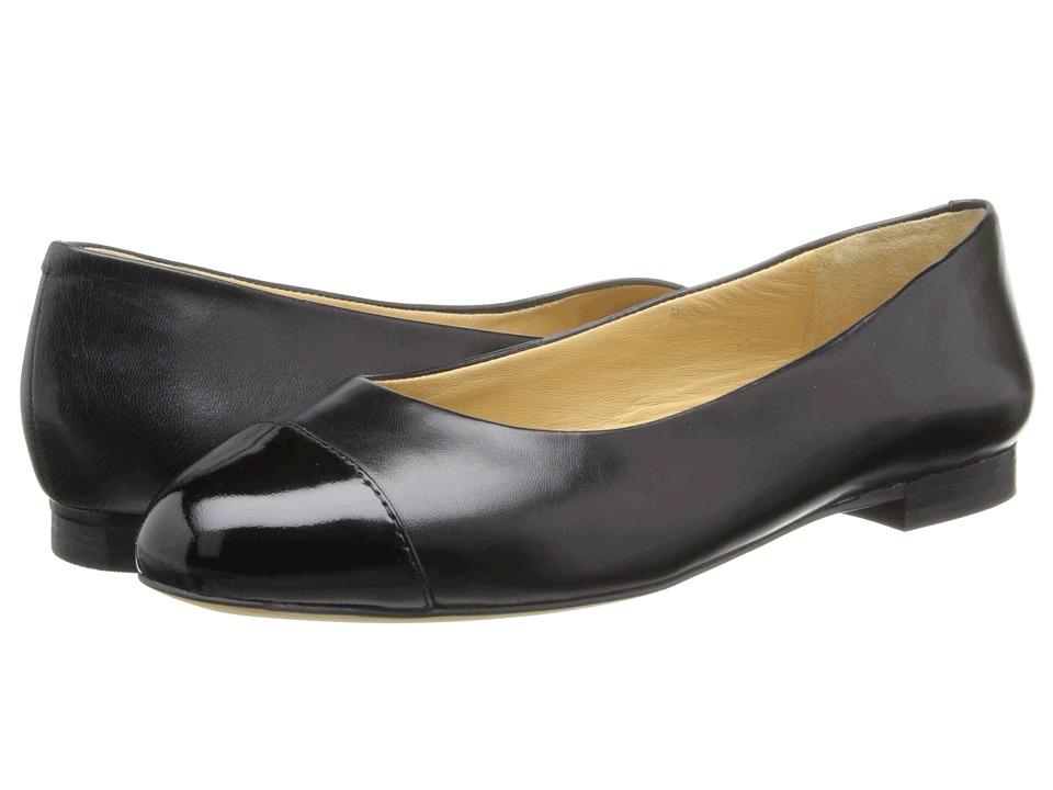 Trotters - Chic (Black Glazed Kid Leather) Women