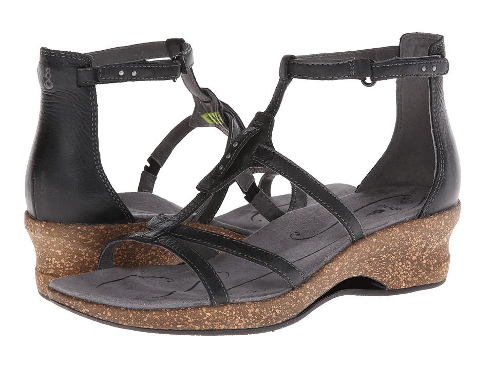 Women's Black Ahnu Arabesque Shoes