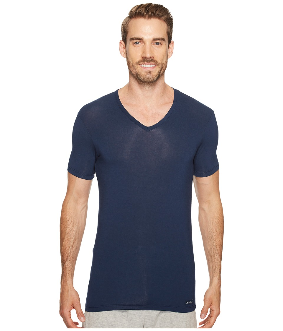 Calvin Klein Underwear - Body Micro Modal S/S V-Neck U5563 (Blue Shadow) Men