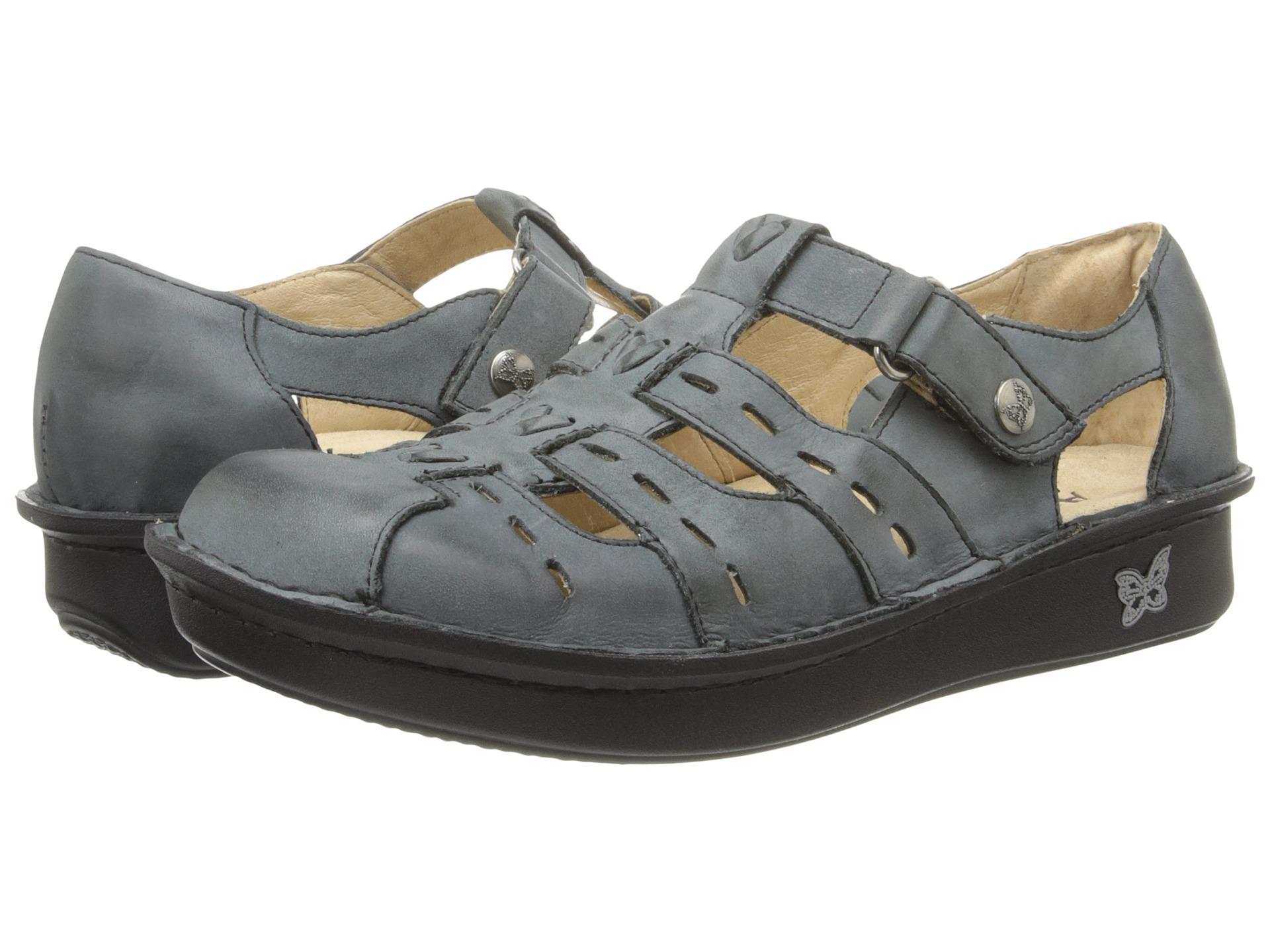 Zappos stylish comfort shoes