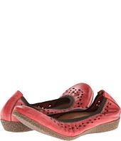 taos Footwear - Untold