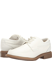 Kenneth Cole Reaction Kids - White Fever (Youth)