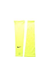Nike - Nike Pro Combat Dri-Fit Shiver