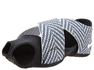 Nike - Studio Wrap 2 Print (Black/White)