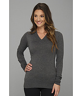 Gabriella Rocha - V-Neck Long Sleeve Sweater