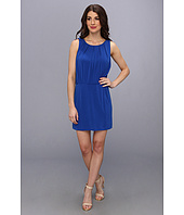 Jessica Simpson - Sleeveless Blouson Dress w/ Fitted Skirt