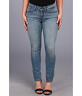 Levi's® Petites - Petite Mid Rise Skinny Jean