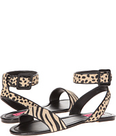 Betsey Johnson - Wwicked