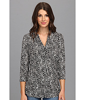 Vince Camuto - Pleat V-Neck Dotted Terrain Top