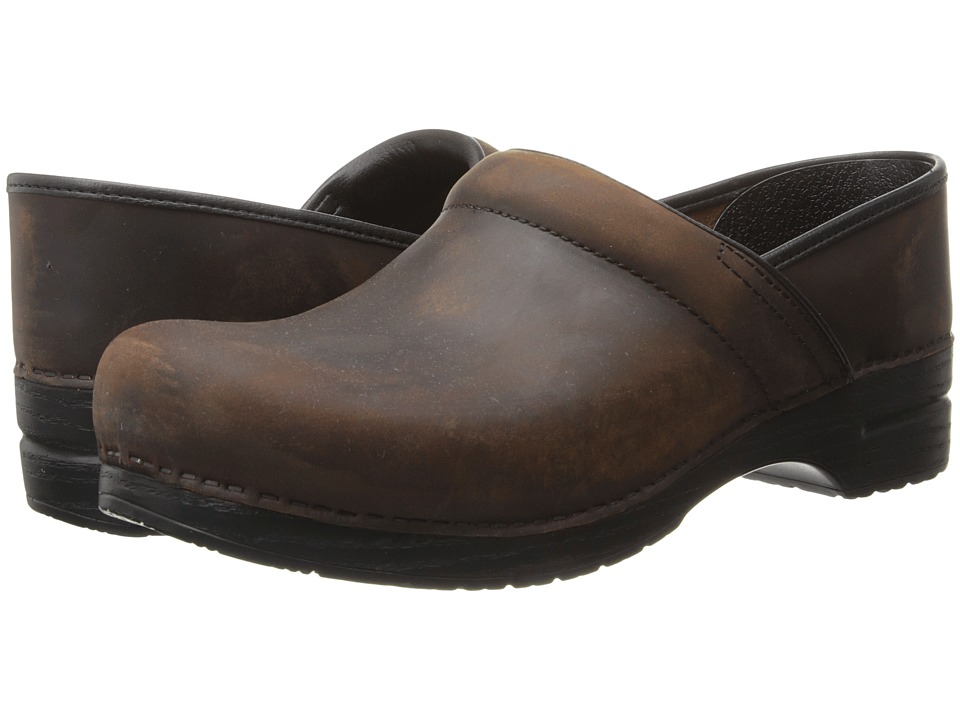 Dansko - Professional (Antique Brown Oiled Leather) Mens Clog Shoes