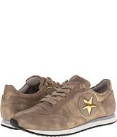 Kennel & Schmenger - Low Top Lace Up Sneaker w/ Star