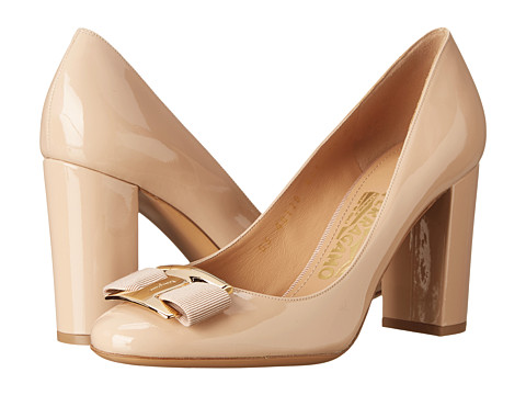 2726636 p MULTIVIEW The Elegance of Nude Wedding Shoes