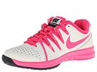 Nike - Vapor Court (Ivory/Dark Magnet Grey/Hyper Pink)