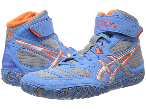 asics aggressor clearance
