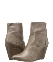 Frye - Regina Wedge Short