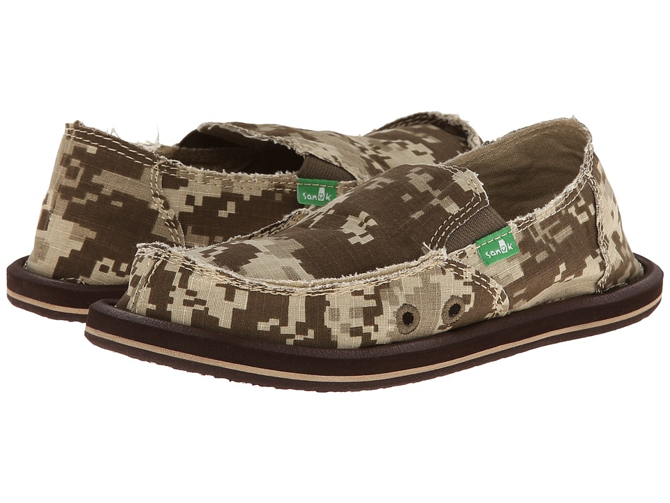 Sanuk Kids - Vagabond (Little Kid/Big Kid) (Brown Digi Camo) Boys Shoes