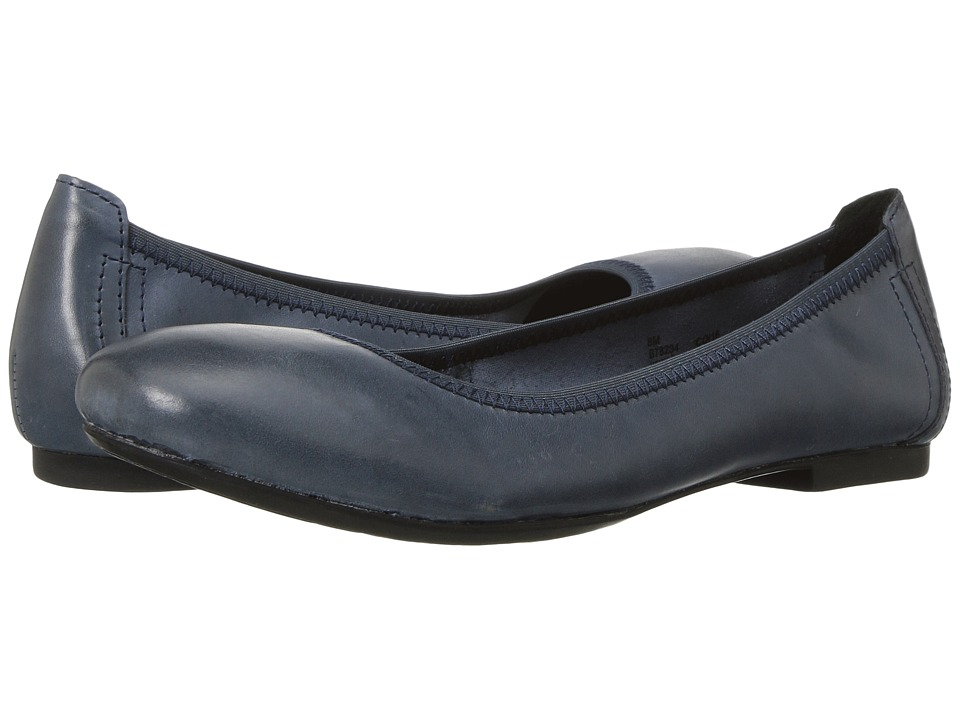 Born Julianne (Navy) Flats