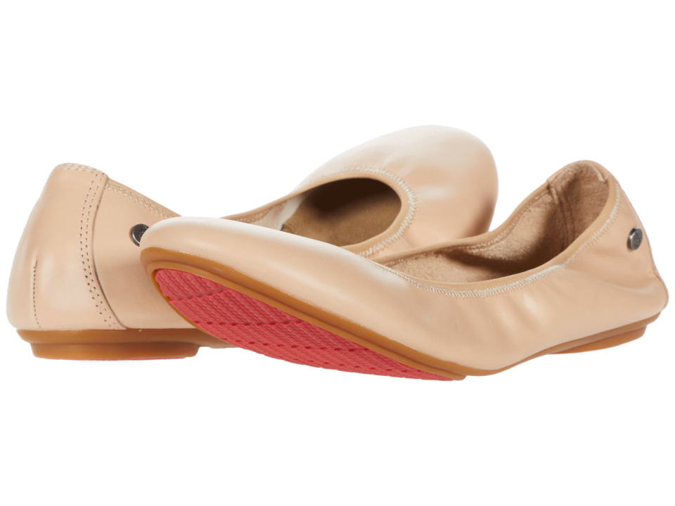 Hush Puppies Chaste Ballet (Nude Leather) Flats
