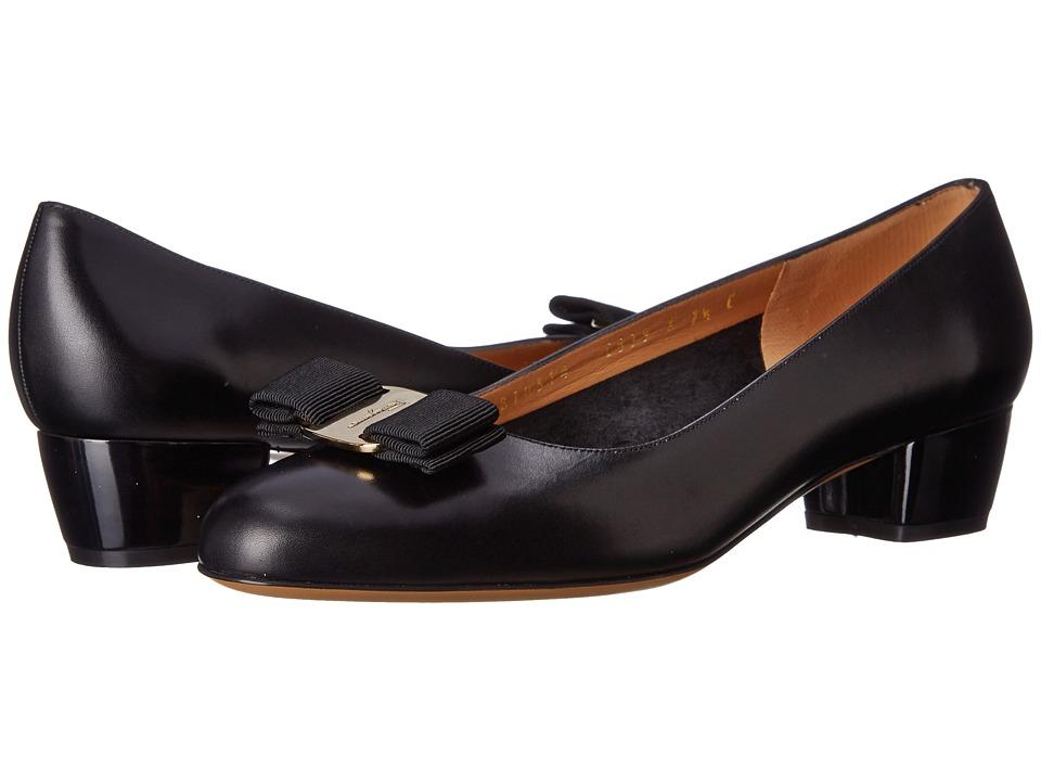 Salvatore Ferragamo Vara (Nero) 1-2 inch heel Shoes