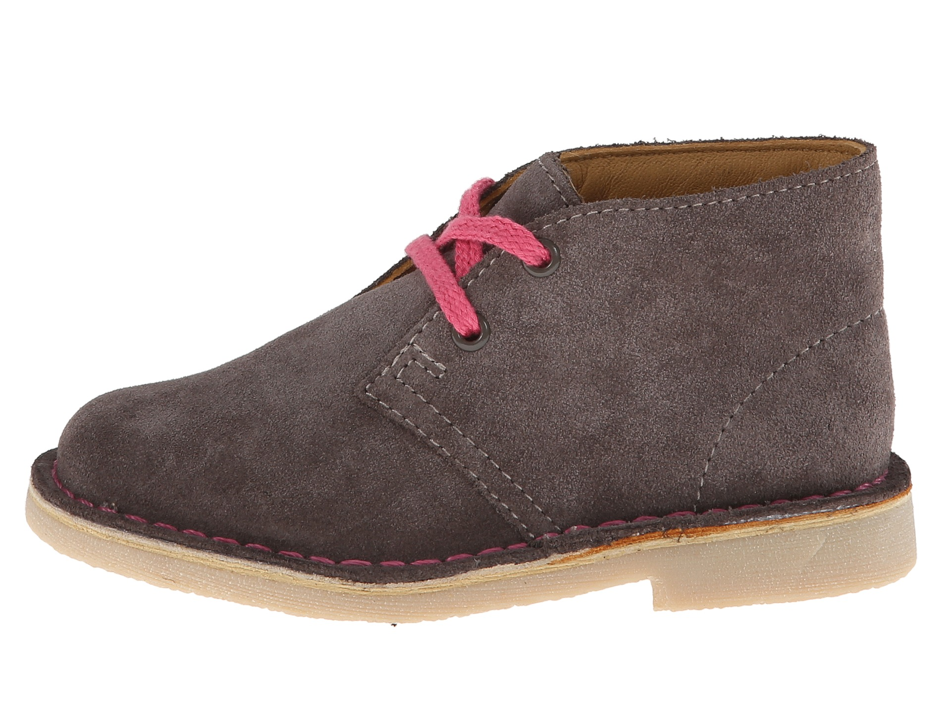 Buy Clarks from Ireland's easiest online shoe shop. Free delivery both ways, every time. Great prices, and quick delivery to your home or office.