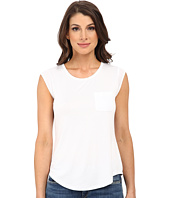 Calvin Klein - T-Shirt w/ One-Pocket