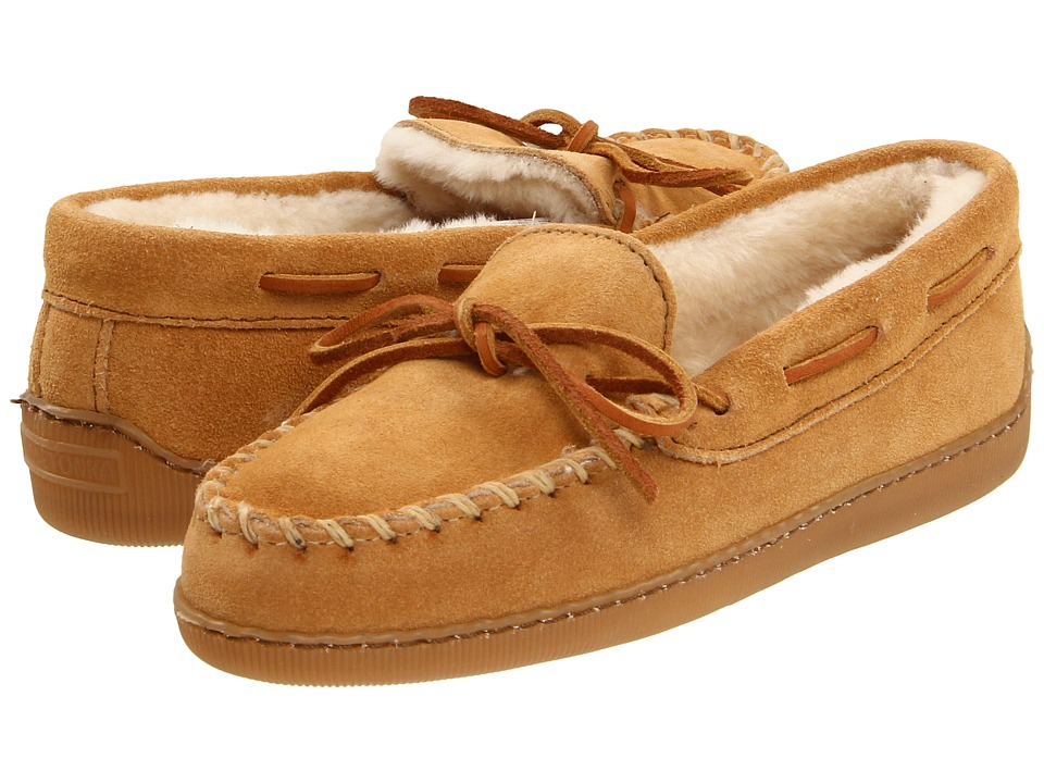 Minnetonka - Pile Lined Hardsole (Tan Suede) Womens Shoes