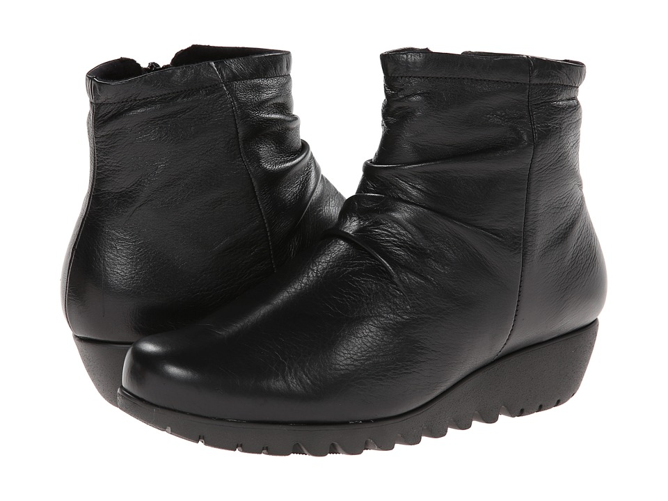 Munro American Riley Black Leather Womens Boots