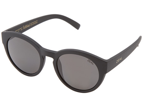 Zeal Optics Fleetwood - Matte Black w/ Polarized Dark Grey Lens