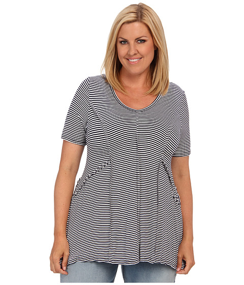 Karen Kane Plus Plus Size Stripe Outside Seam Top (Navy) Women's Short Sleeve Pullover