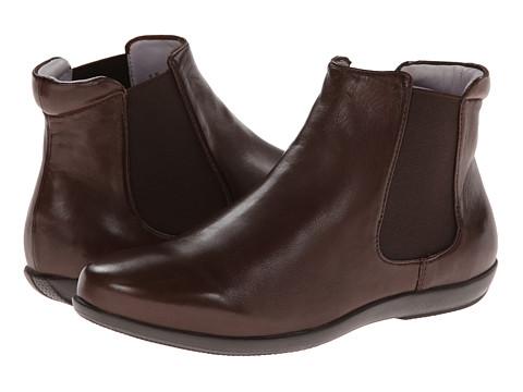 johnston murphy chelsea boot chocolate 6pm
